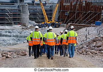 trabalhadores construção