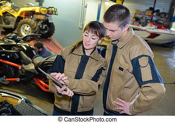 trabalhadores, usando, internet