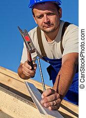 trabalhando, carpinteiro, telhado