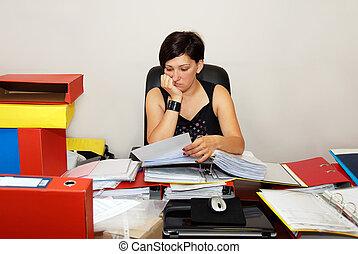 trabalhando mulher