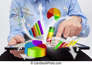 trabalhando, tabuleta, -, gráficos, computador, homem negócios, produzir