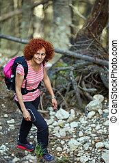 traccia, segno, scia, escursionismo donna