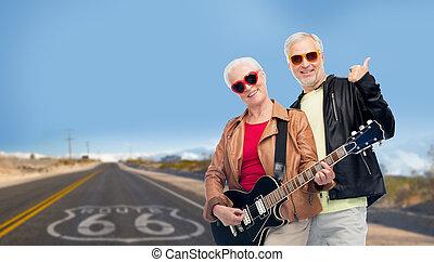 tracciato, coppia, chitarra, 66, anziano, sopra