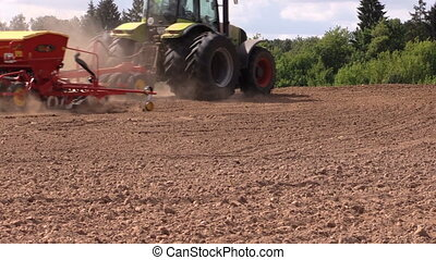 tractor fertilize soil - Special equipment spread fertilizer...