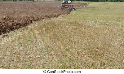 tractor plow field stork