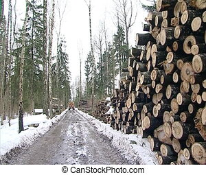 tractor unload logs