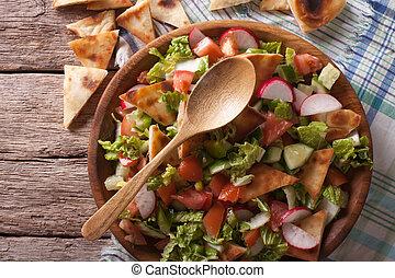 tradicional, árabe, fattoush, salada, closeup., horizontais,...