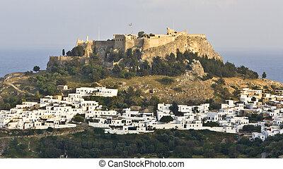 tradicional, aldea griega, de, lindos, y, su, acrópolis, en,...