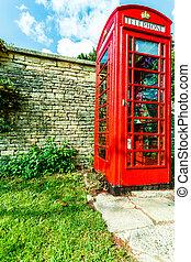 tradicional, caixa vermelha telefone, em, reino unido