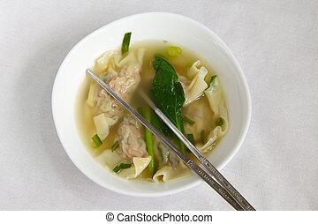 tradicional, dumpling chinês, sopa