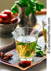 tradicional, marroquino, chá mint, com, datas, ligado, um, vindima, bandeja., branca, pedra, experiência., fim, cima.