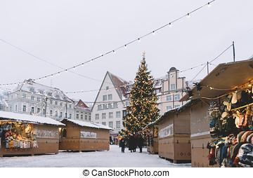 tradicional, natal, mercado, em, a, corredor cidade, quadrado, em, tallinn
