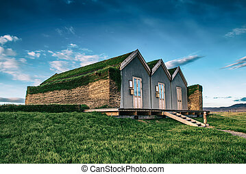 Icelandic turf houses - Traditional ancient Icelandic turf ...