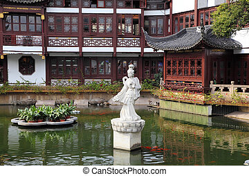 Traditional chinese architecture in Yuyuan Garden, Shanghai