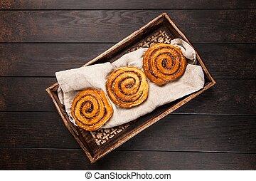 Traditional cinnamon rolls