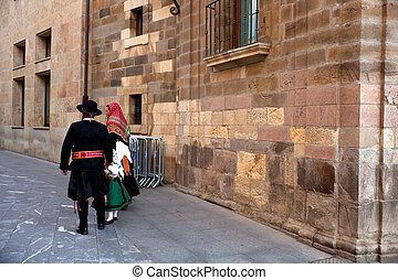 Traditional dress - Spanish couple in traditional dress