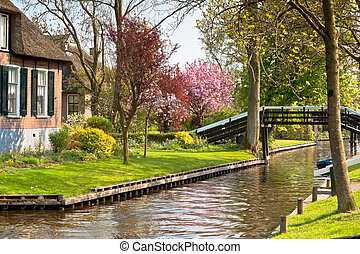 Traditional Dutch house - Beautiful traditional house in a...