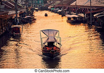 Traditional floating market - Traditional old floating ...