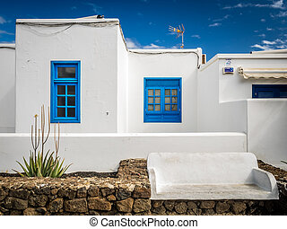 Traditional house in Playa Blanca, - Facade of a traditional...