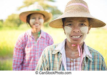 Traditional Myanmar female farmers portrait