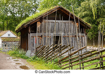 Traditional old farm house in Oslo - Traditional old wooden...