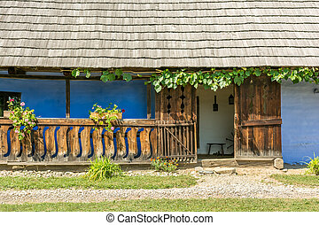 Traditional Romanian Village House - Old Traditional...