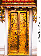Traditional Thai tample golden door. - Traditional Thai ...