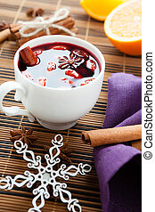 traditional winter hot drink of wine, mulled wine closeup