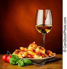 traditionele , pasta, tortellini, wijntje