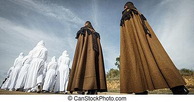 traditionelle , bruderschaft, ostern, prozession, cloacks