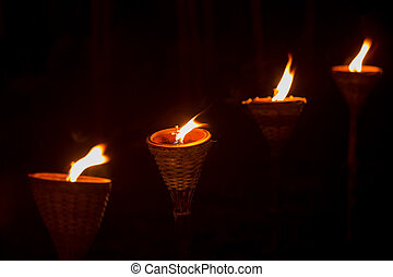 traditionnel, bois, torche, flamme