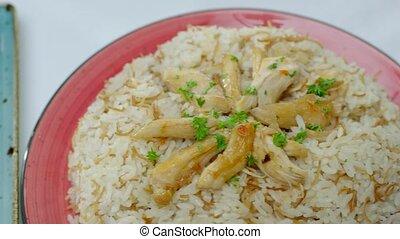 traditionnel, haché, sides., habillé, frit, délicieux, saumure, riz, persil, poulet, légume, table