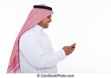 tradizionale, musulmano, telefono cellulare, usando, vestiti, uomo