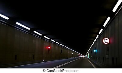 Traffic in the tunnel