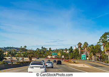 Traffic northbound on 101 freeway