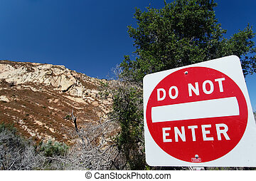 "Traffic sign ""Do not enter"" in San Luis Obispo County"