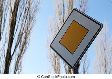 Traffic sign / Main road . . .
