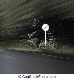 Traffic Sign - No Limits