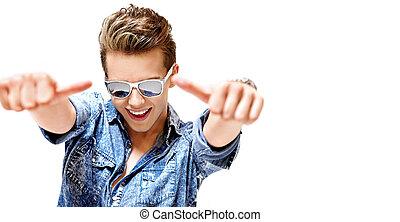 tragen, eyeglass, junger, konkurrenzfähig, poppig, kerl