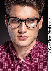 tragen, hübsch, beiläufig, glasses., mann