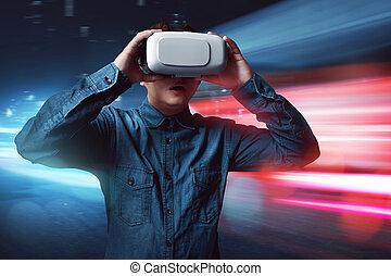 tragender kopfhörer, mann, virtuelle wirklichkeit