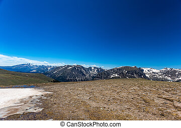 Trail Ridge Road in Rocky Mountain National Park - Trail ...