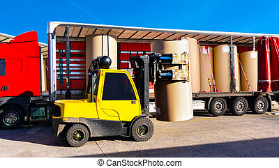 trailer freight . Loading process .