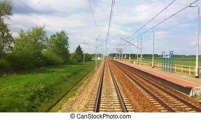train ferroviaire, en mouvement, vue