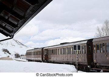 train, hiver