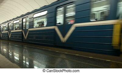 train métro, mouvement