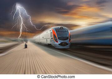 train, nuages, et, éclair