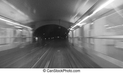 train, parcours, timelapse, métro, monochrome