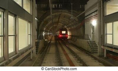 Train subway tunnel speed