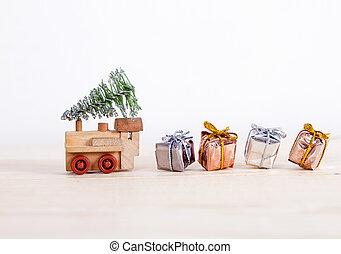 train tree gifts 2017